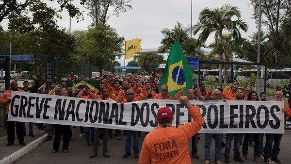 Un 87% de brasileños apoya la huelga de camioneros