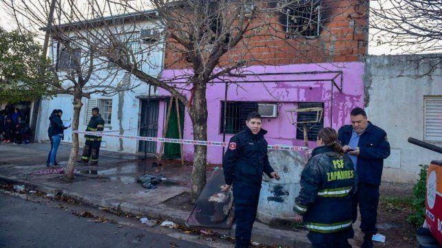 Cuatro muertos por un incendio en una vivienda de Rosario