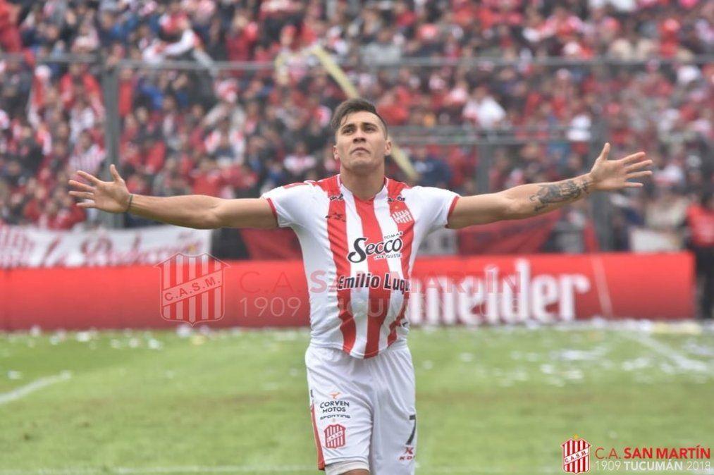 San Martín goleó a Sarmiento y volvió a Primera División