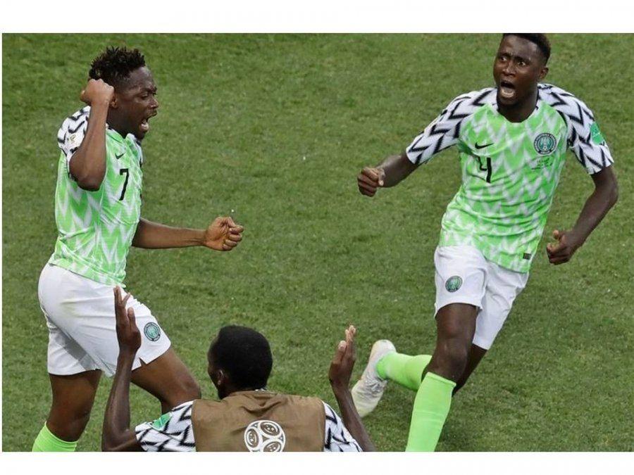 ¡Con viento a favor! Nigeria le ganó a Islandia por 2 a 0