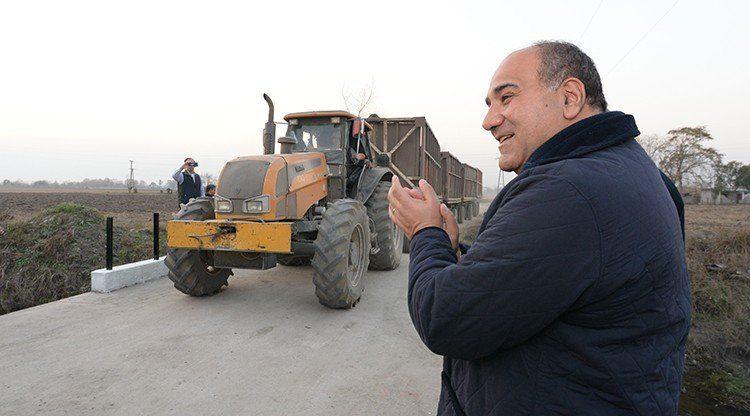 Manzur inauguró obras en Amberes