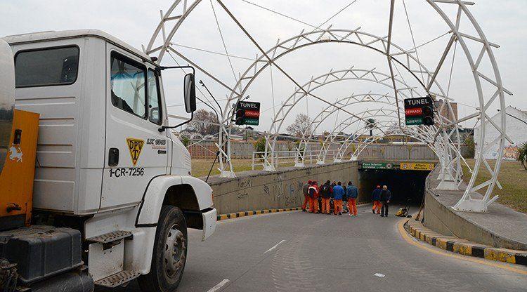 Con guardias las 24 horas aseguran el tránsito en los túneles