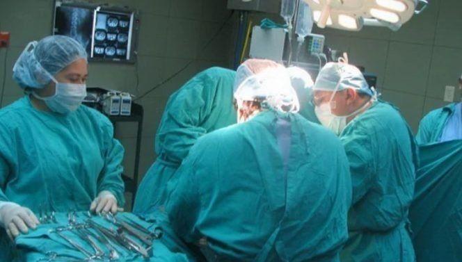 Realizaron con éxito el primer trasplante renal cruzado tras la ley Justina