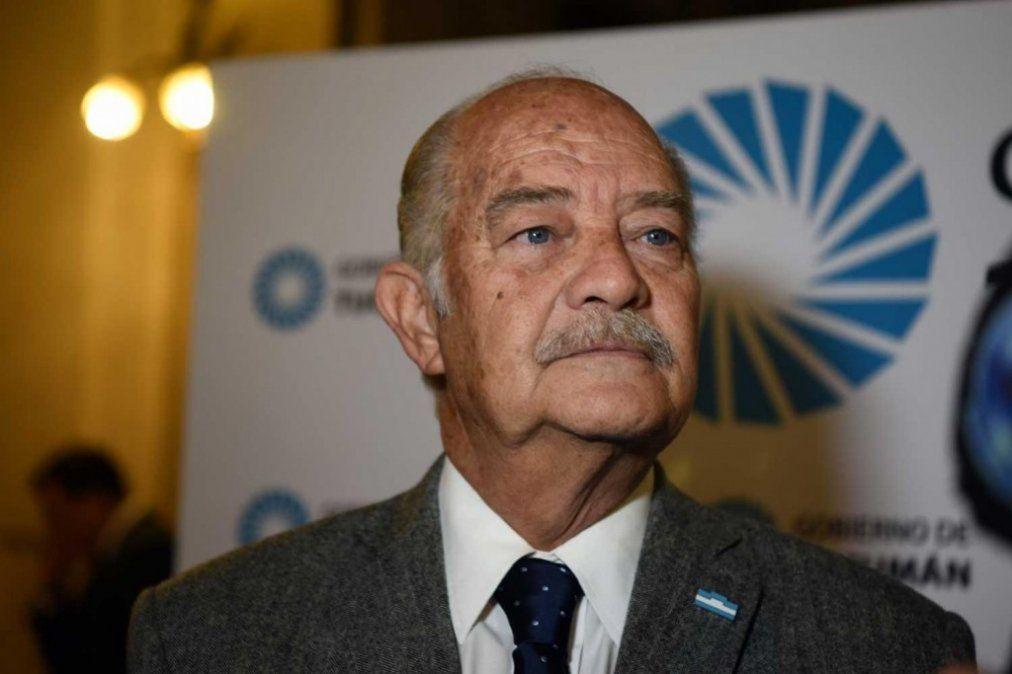 Luis Fernández considera la eliminación del fondo como una medida de facto