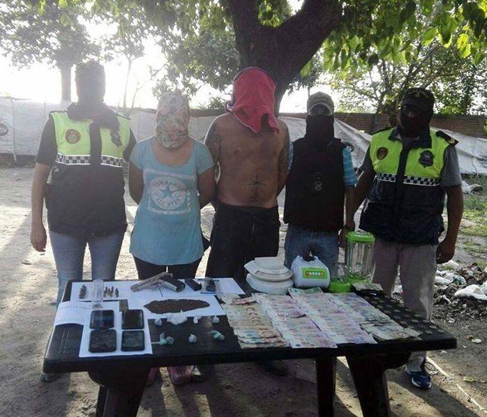 Dos detenidos tras un allanamiento en Río Seco