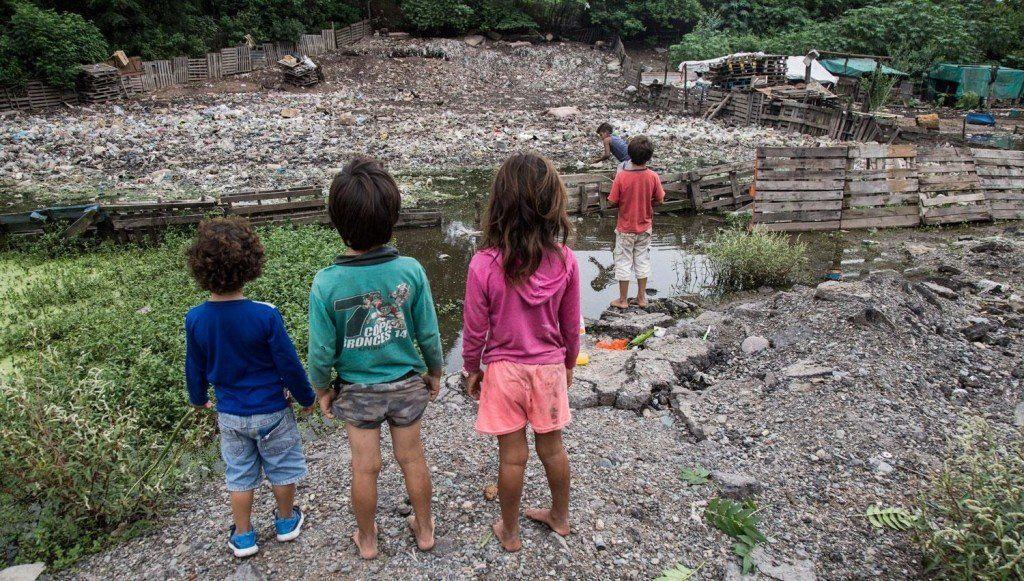Entre la grieta tucumana, la laguna de los Vázquez