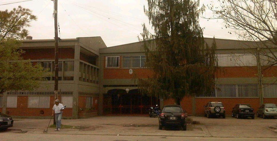 Una joven fue agredida en la Escuela de Comercio de Concepción