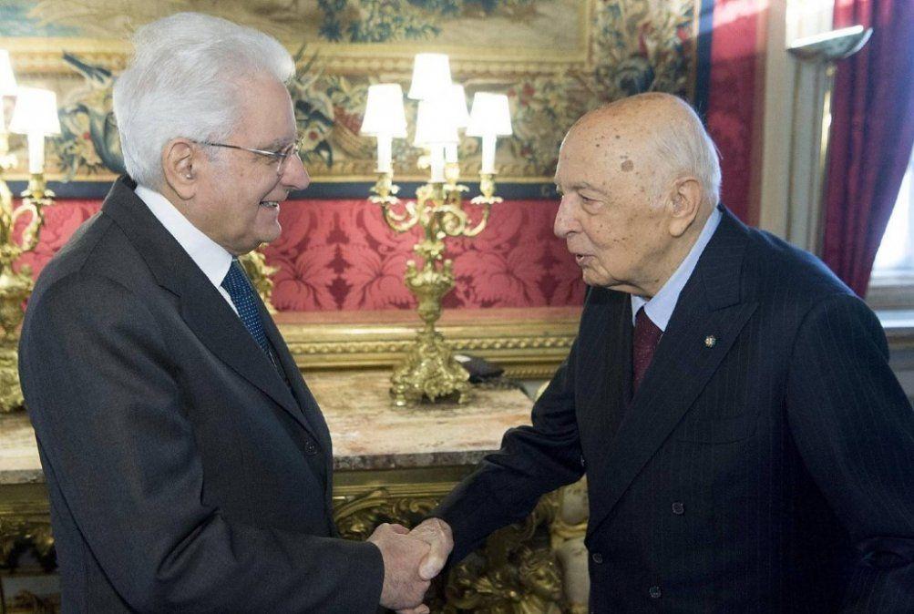 Italia se reestructura para una presidencia sin Berlusconi