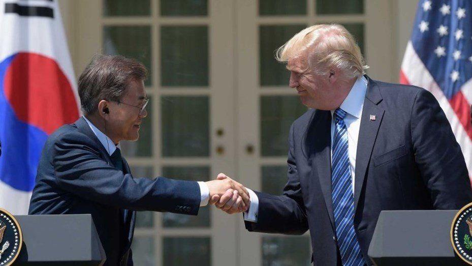 El presidente de Corea Del Sur elogió las gestiones de Trump