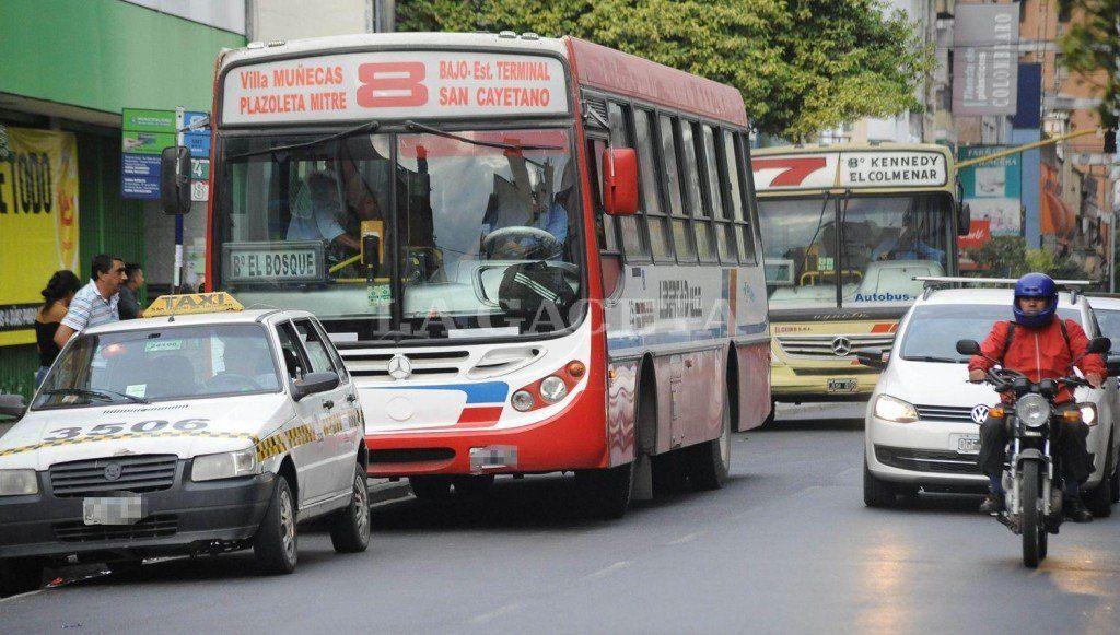 La Legislatura aprobó la emergencia para el transporte de pasajeros