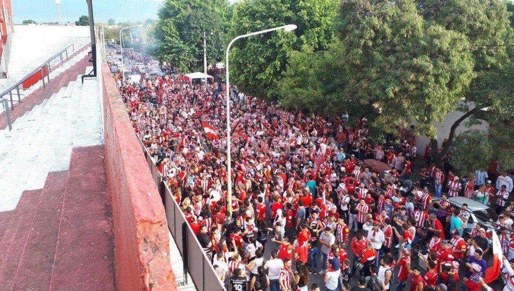 Sarmiento le dará 4000 entradas a los hinchas de San Martín