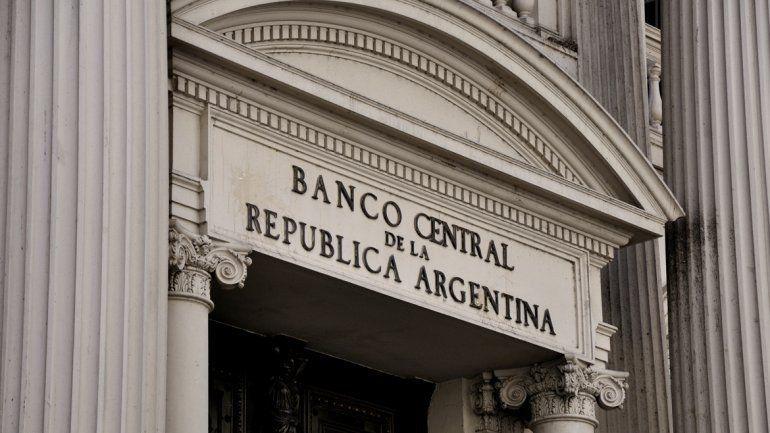 Ante la suba del dólar, el Banco Central intervino en el mercado cambiario