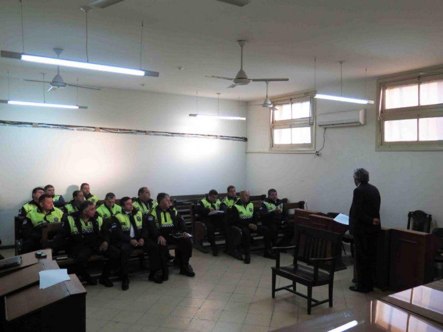 La Fiscalía de Instrucción Penal de la VIII Nominación convocó a la policía antes de iniciar su turno