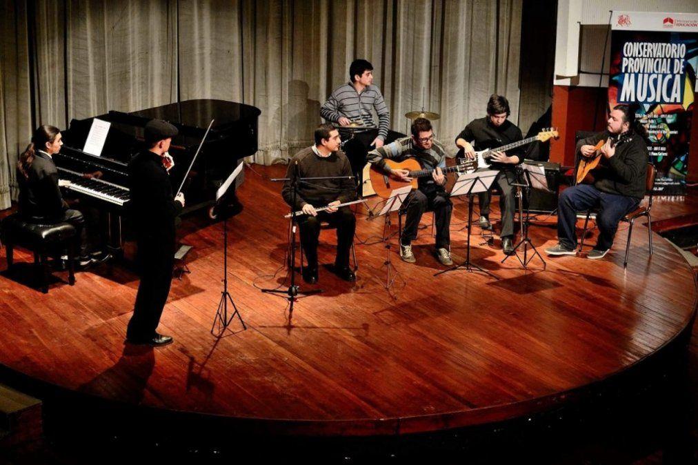 Conservatorio Provincial de Música: De las aulas al teatro