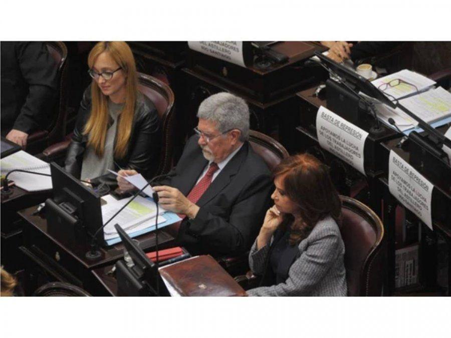 El senado votó por unanimidad el permiso para que la justicia allane las propiedades de Cristina Fernández de Kirchner