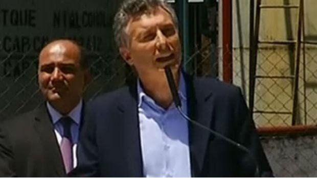 Macri llega a Tucumán en el medio de la polémica por la quita del Fondo Soja