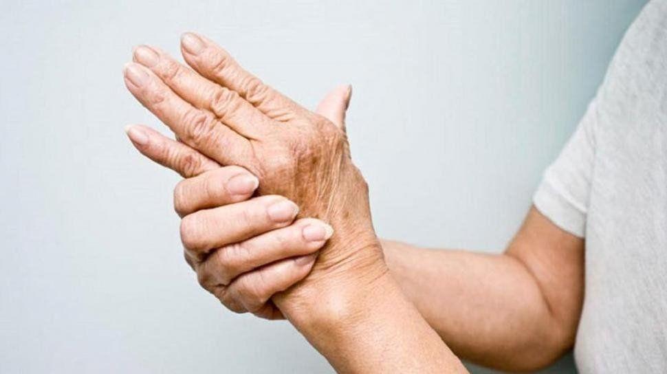 Este viernes se realiza el IV Simposio Internacional de Reumatología