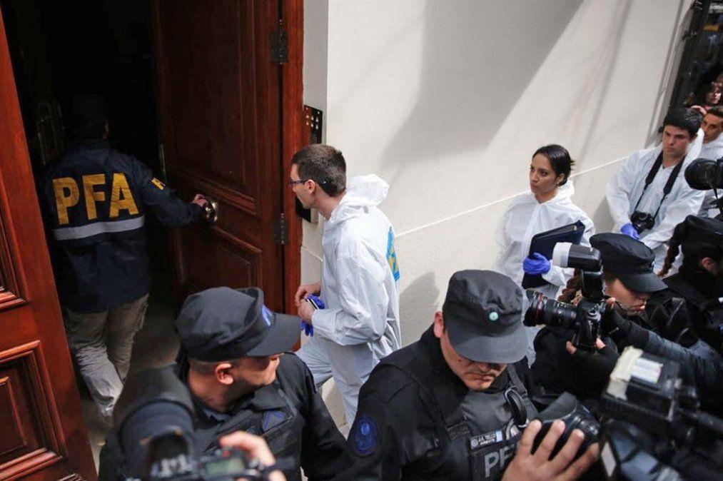Allanan el departamento de Cristina Fernández de Kirchner en Recoleta