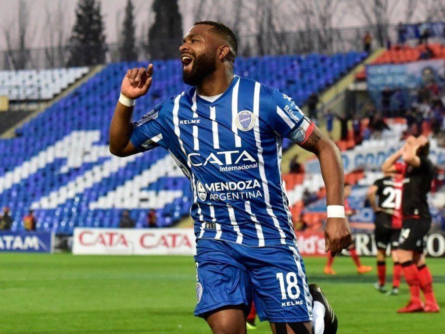 Godoy Cruz venció a Newells en Mendoza