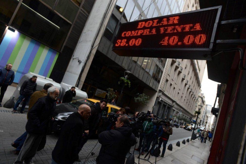 Dólar: Tras una fuerte intervención del Central, cierra a $39,78