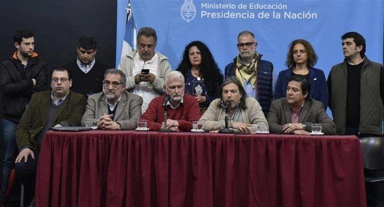Tras la Marcha Nacional Educativa, el Gobierno y los docentes se preparan para retomar las negociaciones