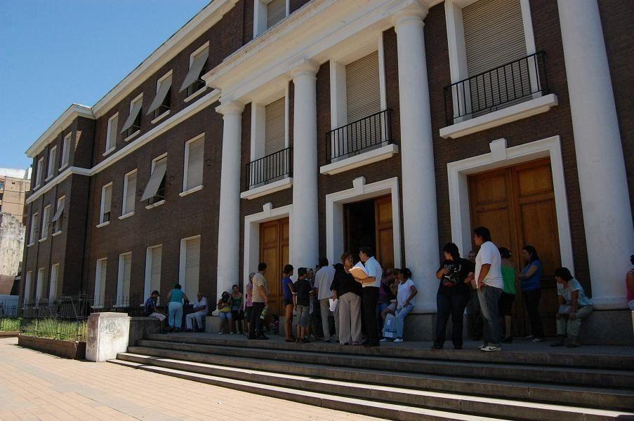 Dictaron prisión preventiva a dos ex funcionarios del IPV