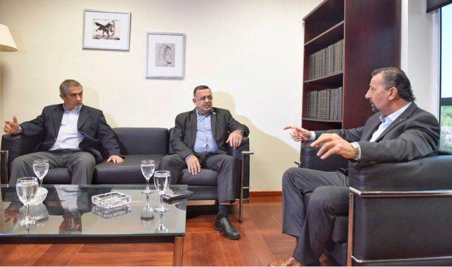 Juri Debo fue recibido por el presidente subrogante de la Legislatura