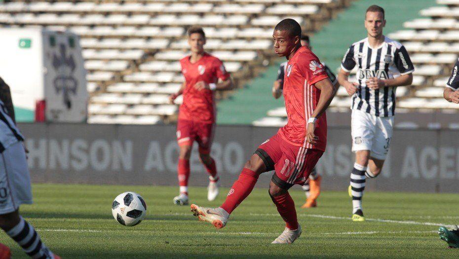 Los suplentes de River cayeron ante Talleres en una Copa amistosa en Córdoba