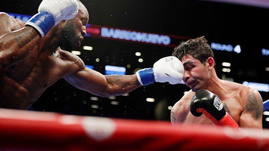 Miguel Barrionuevo perdió por puntos con el cubano Ugás y se quedó sin chance mundialista en Nueva York