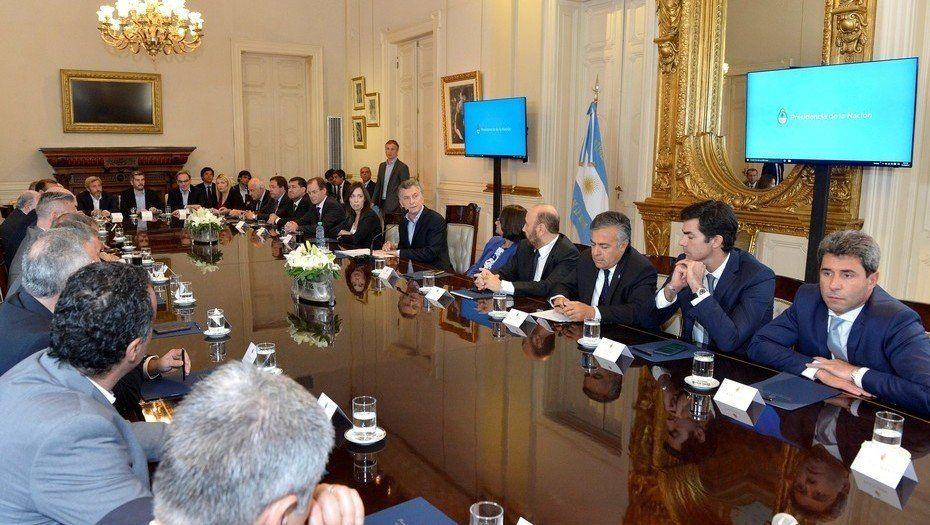 Macri se reúne con los gobernadores para seguir negociando al Presupuesto 2019