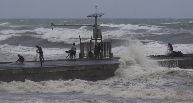 Filipinas también podría sufrir la llegada de un fenómeno climático