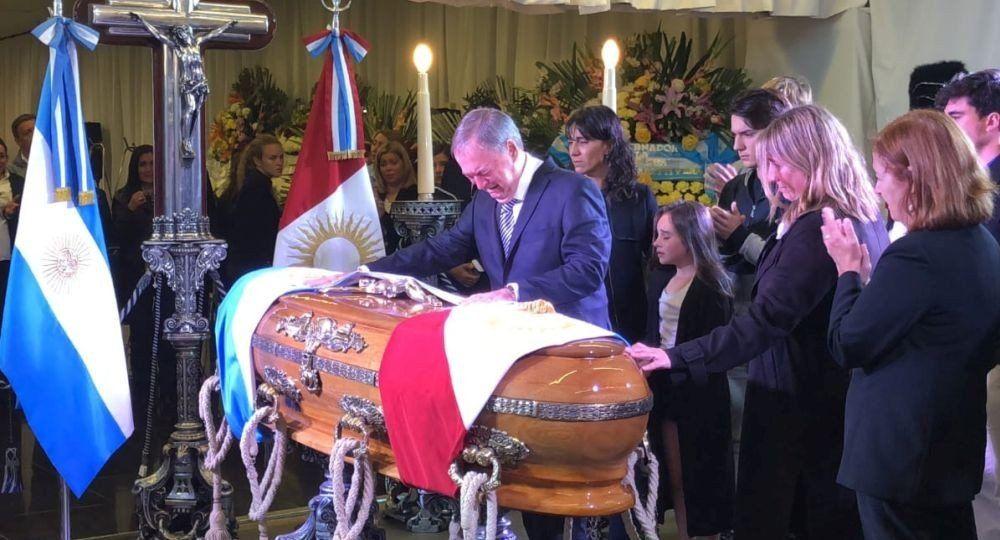 Velan los restos de José Manuel De la Sota en la Casa de Gobierno de Córdoba