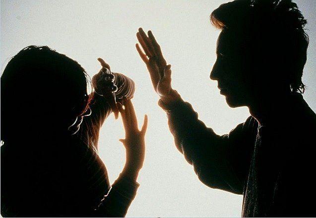 De mal en peor: la Policía interviene en dos o tres casos de violencia por día