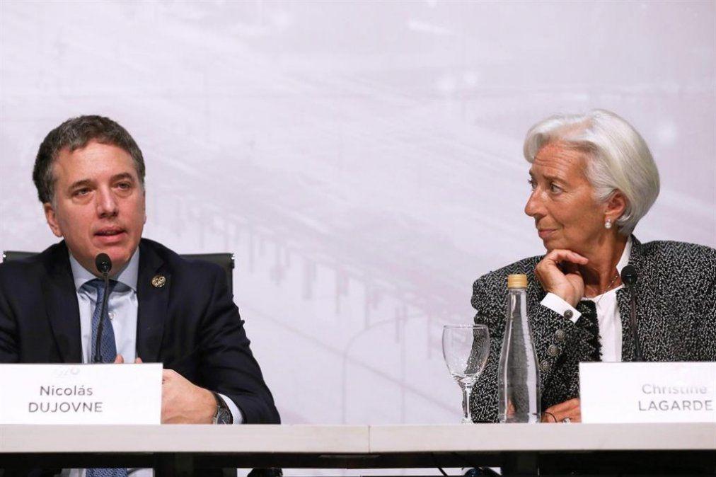 El Gobierno sumará entre 3.000 y 5.000 millones de dólares del FMI