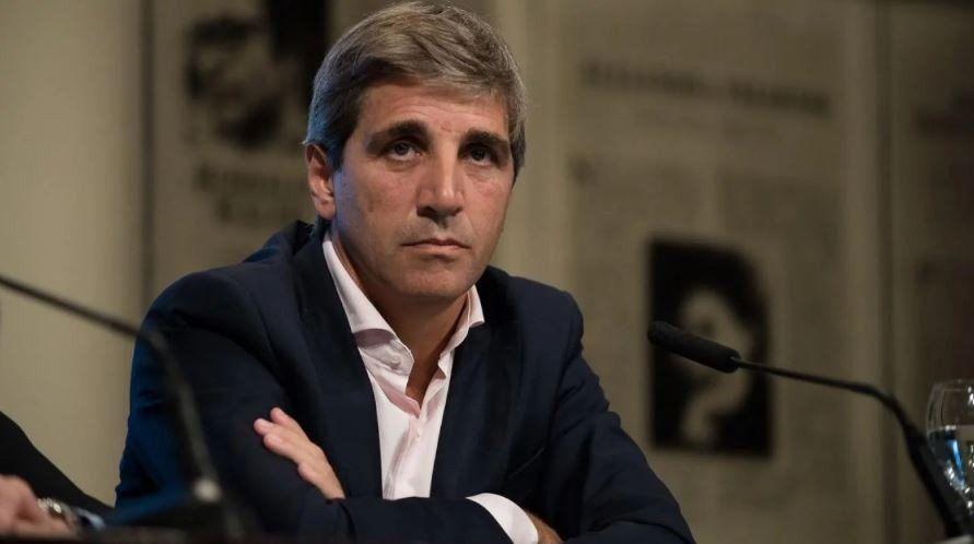 Caputo renunció a la presidencia del Banco Central y lo reemplazará Sandleris