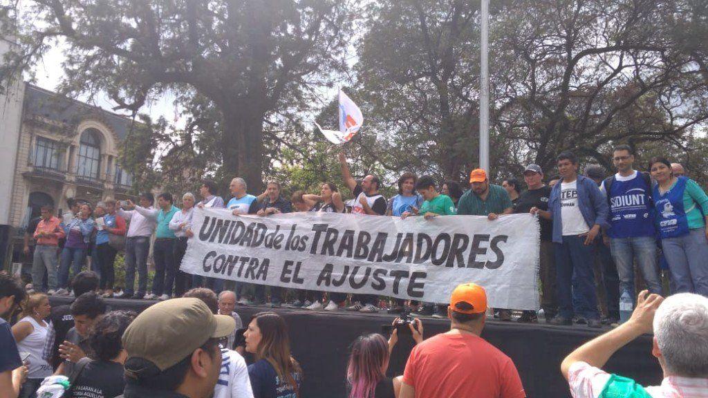 Paro nacional: En Tucumán, los trabajadores protestan con marchas y cortes de ruta