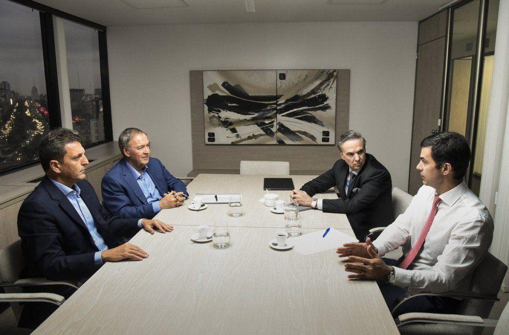 Se reunieron los referentes del peronismo democrático, republicano y federal