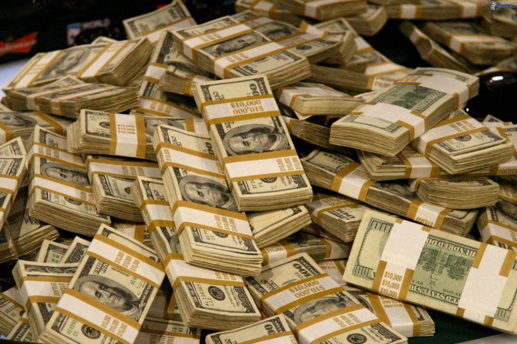 El Gobierno busca blindar el 2019 con más de USD 50.000 millones