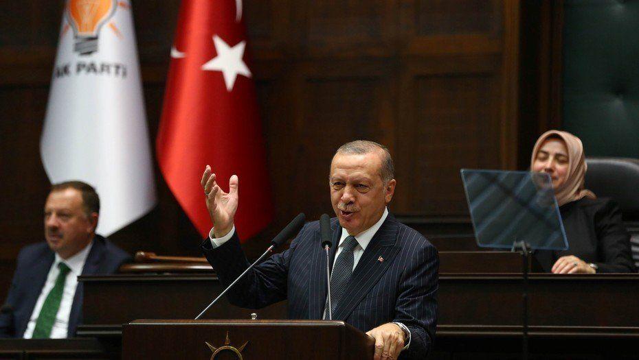 "Turquía: confirman cadenas perpetuas para tres periodistas por ""golpismo"""