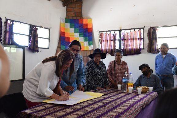 Se firmó un acuerdo de cooperación entre la Facultad de Artes y la Comunidad de Amaicha