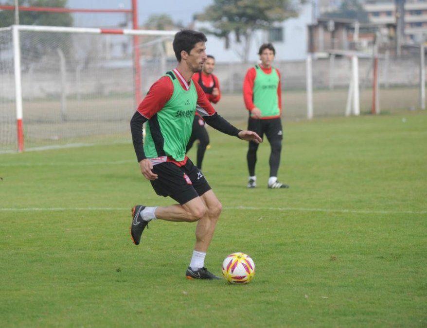 Álvaro Fernández podría ser titular ante Talleres en Córdoba