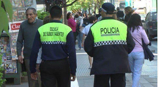 Policías están con temor y preocupados por el debate de servicios adicionales
