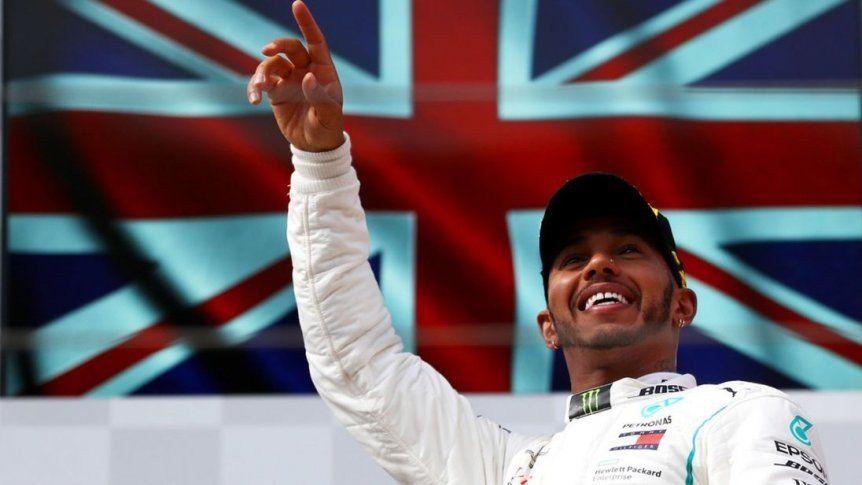 Hamilton se coronó campeón y alcanzó a Fangio