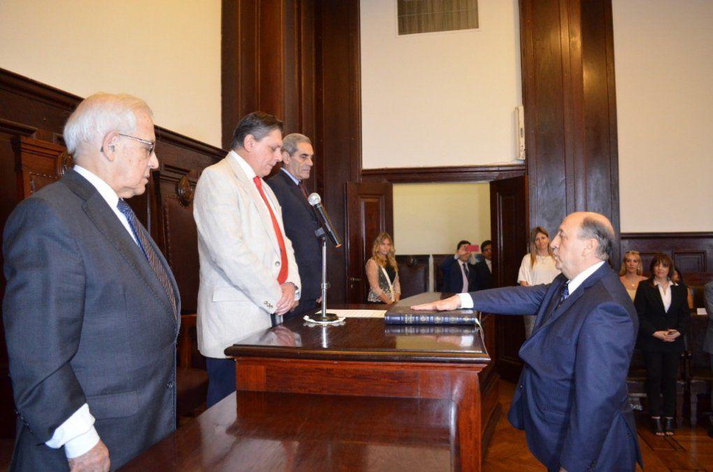 Asumió Washington Navarro Dávila como Ministro Público de la Defensa