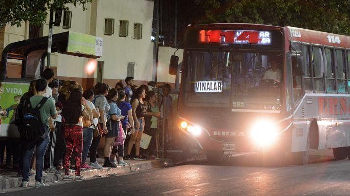 Santiago Del Estero: Paro sorpresivo de colectivos dejó varadas a miles de personas