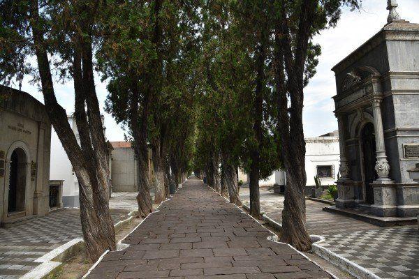 """Funcionamiento de los cementerios por el día de """"Todos los Santos"""" y de """"Los Fieles Difuntos"""""""