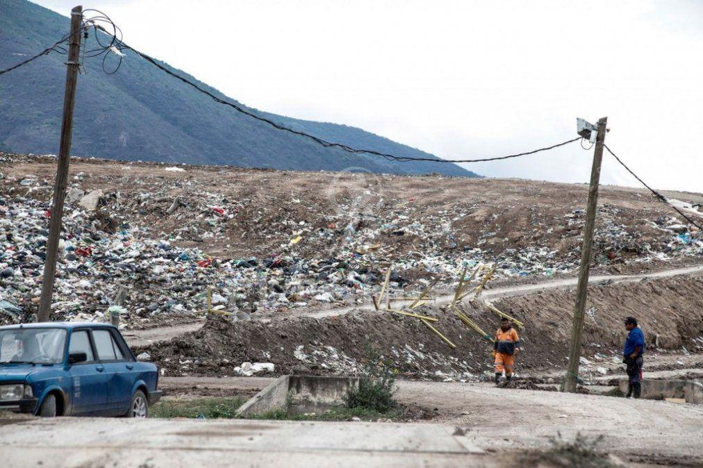 Preocupa en Salta el desborde de un vertedero de basura