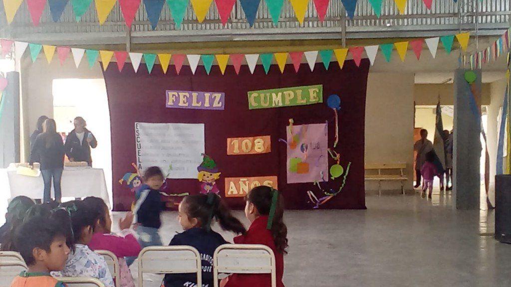 Una escuela de Tapia cumple 108 años de vida
