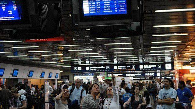 Los vuelos en Aeroparque están demorados por asamblea de Aeronavegantes