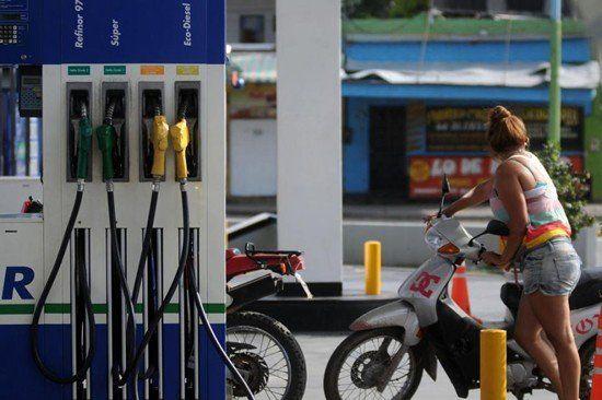 No tiene techo: vuelve a aumentar el precio de la nafta
